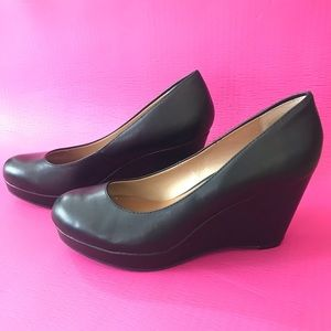 Black Cathy Jean Round Toe Kitten Wedge Heels